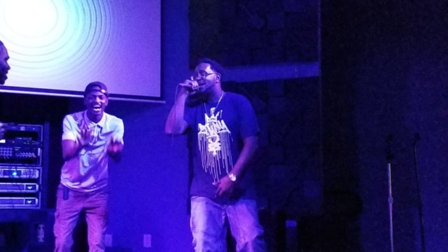 Alfrestyle performing